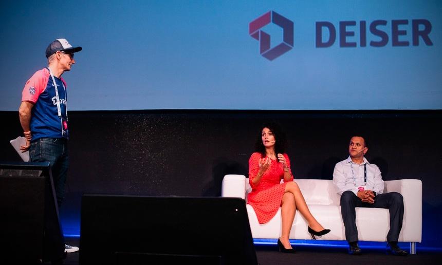 Guillermo, Vanessa y Anantha representando a DEISER, Lastminute y Bosch en los DEISER Enterprise Days 2018.